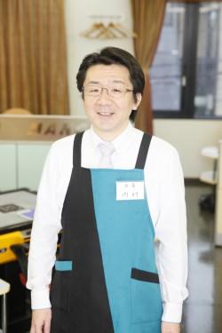 店長 内村さん